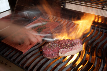 When To Grill With The Lid Open Or Closed Napoleon