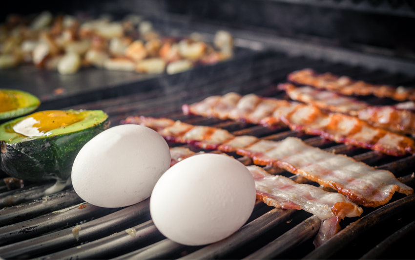 RecipeBlog - BBQ Breakfast - grill bacon, eggs, potatoes