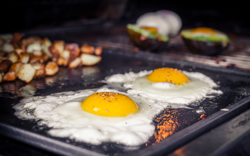 RecipeBlog - BBQ Breakfast - fried eggs