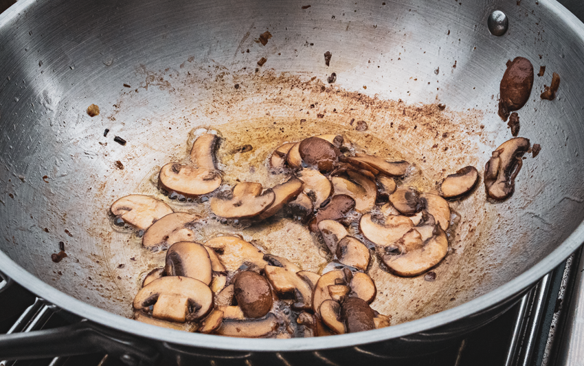 Recipe Blog - Wagyu Tri-Tip Roast - Mushrooms