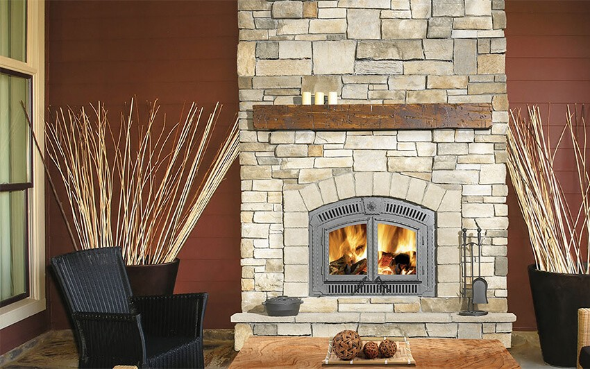 fireplacesBlog-decor-springCleaningWoodFireplace