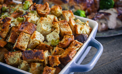 RecipeBlog - Feature - Garlic Cheddar Sourdough Stuffing